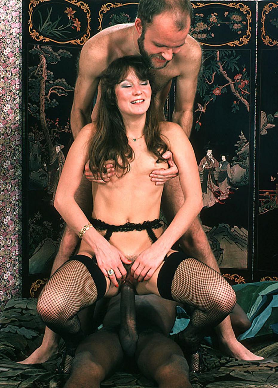 the latina girl nude